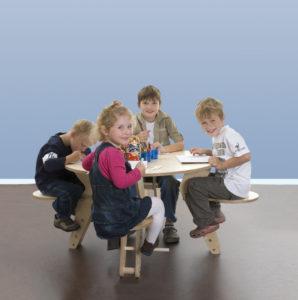 TAVI Kinderspeeltafel